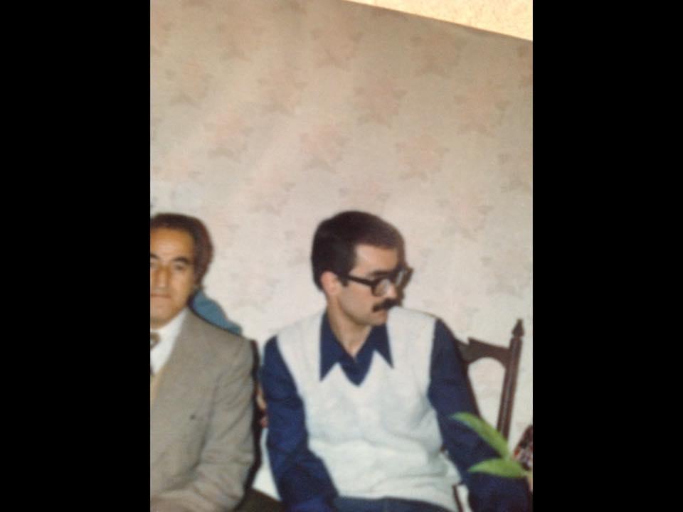 جلال فتاحی و پدرش، این عکس بعد از آزادی او از زندان شاه گرفته شده است
